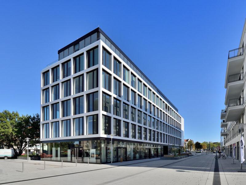 2015-11-15-Duesseldorf-BelsenPark-LaVista-49