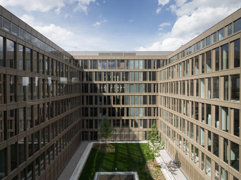 2015-Berlin-Europacity-John-_F-Kennedy-Haus-Aussen-fertig_8